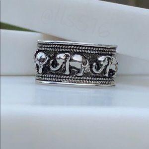 Jewelry - Boho Chunky Silver Tone Elephant Band Ring 7